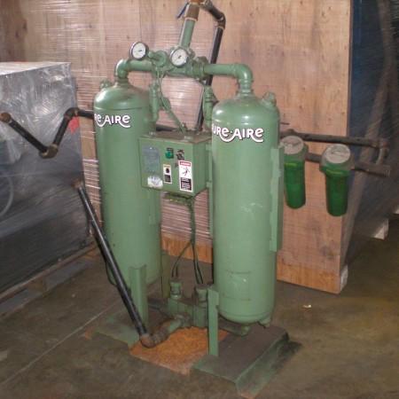 101 HP Rotary Screw Compressor Moisture Tanks pic.2