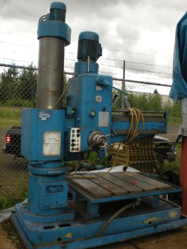 102 Large Radial Arm Drill wAccessories pic.2