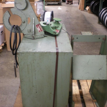 26 Potter Rayfield Taping Machine pic.1