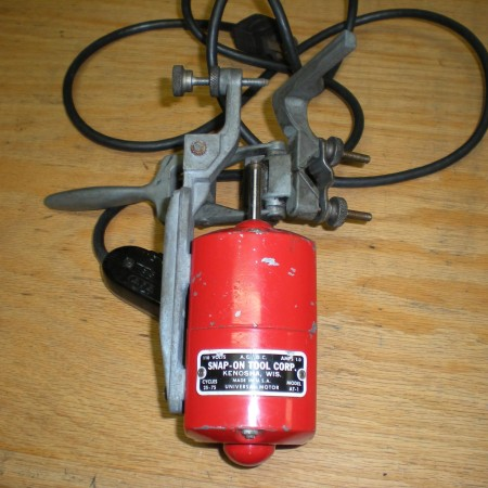 8 Undercutter Snap-On Model AT-1 110V AC-DC